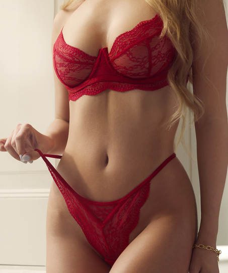 String Isabelle, Rot