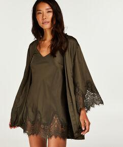 Kimono Lace Satin Indra Petite, grün